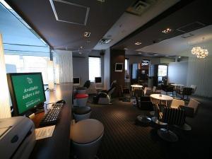 マッサージチェアやPCを備えたご宿泊者様専用リラクゼーションルーム(新館2階にございます)