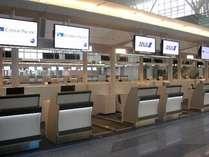 羽田空港国際線ターミナル  3F 航空会社 カウンター 一例