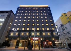 アパホテル<八丁堀駅南>外観