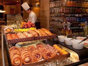 朝食:「カフェ」洋食ブッフェ