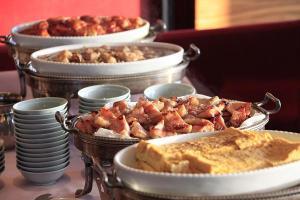 朝食和洋バイキング(例)
