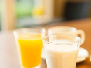 ドリンクメニューも充実、挽きたてコーヒーにミルクでお手製のカフェオレを!