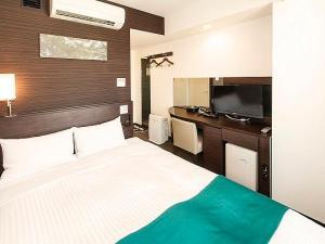 世界水準のシーリ社製ダブルベットルームで快適ホテルステイ、全室個別空調管理