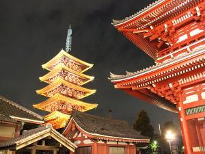 近隣観光:浅草(五重塔のライトアップ23時まで)当ホテルから直通20分