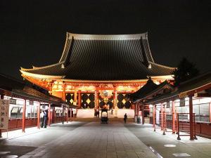 近隣観光:浅草寺(23時までライトアップ)当ホテルから直通20分