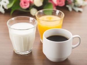 ドリンクは飲み放題。お替り自由。やはり朝は牛乳で腸内環境を整えて...ミルクでしっかり