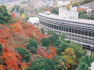 <秋>紅葉シーズンは特にオススメ!美しい錦に染まる山々を眺めながらの露天温泉は最高です。