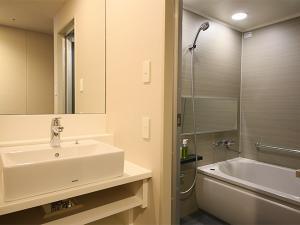 バス・トイレ別の独立型バスルーム