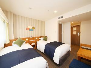 スーペリアツインルーム(一例)【広さ19.5平米・ベッド幅1.1m】