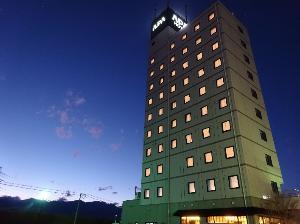 アパホテル〈甲府南〉外観(西側)