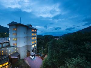 蔵王温泉の中央に位置するロケーションのいいホテル