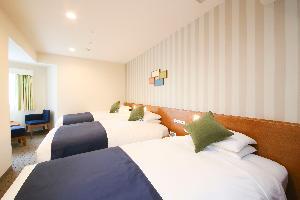 トリプルルーム(一例)【広さ24.2平米/ベッド幅1.1m】ファミリーにぴったり♪