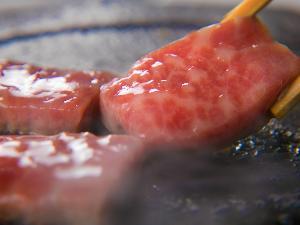肉汁が多く、弾力性がある上質のブランド牛をステーキで♪