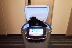 2017年10月、日本初導入のデリバリーロボット(Nタワー宿泊者限定サービス)
