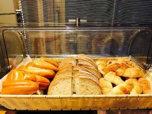 パンは日替わりで3種類