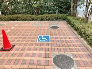 障がい者専用駐車スペース