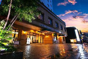 【外観】新地中華街すぐ!JR長崎駅から車で5分、新地中華街電停から徒歩3分の好立地のホテルです