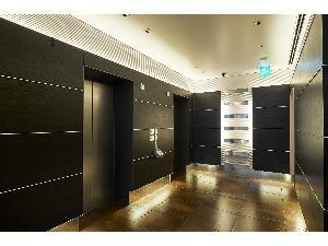 1Fエレベーターホール 安心のカードセキュリティ完備