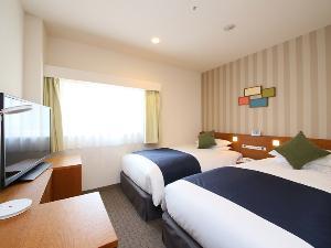 スタンダードツインルーム(一例)【広さ16.5平米・ベッド幅1.1m】