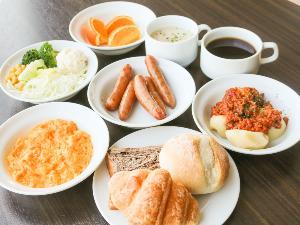 【無料朝食サービス】 盛り付け例(2)